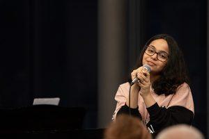"""Berührte das Publikum mit ihrer warmen Stimme: Loubna Alabddallah, Preisträgerin """"Jugend musiziert"""". Bild: Tameer Gunnar Eden/Eifeler Presse Agentur/epa"""