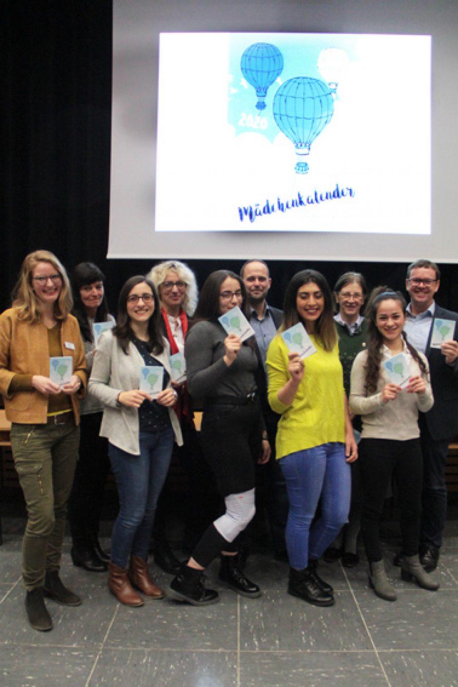 Mädchenkalender 2020 ermöglicht jungen Frauen Berufsorientierung