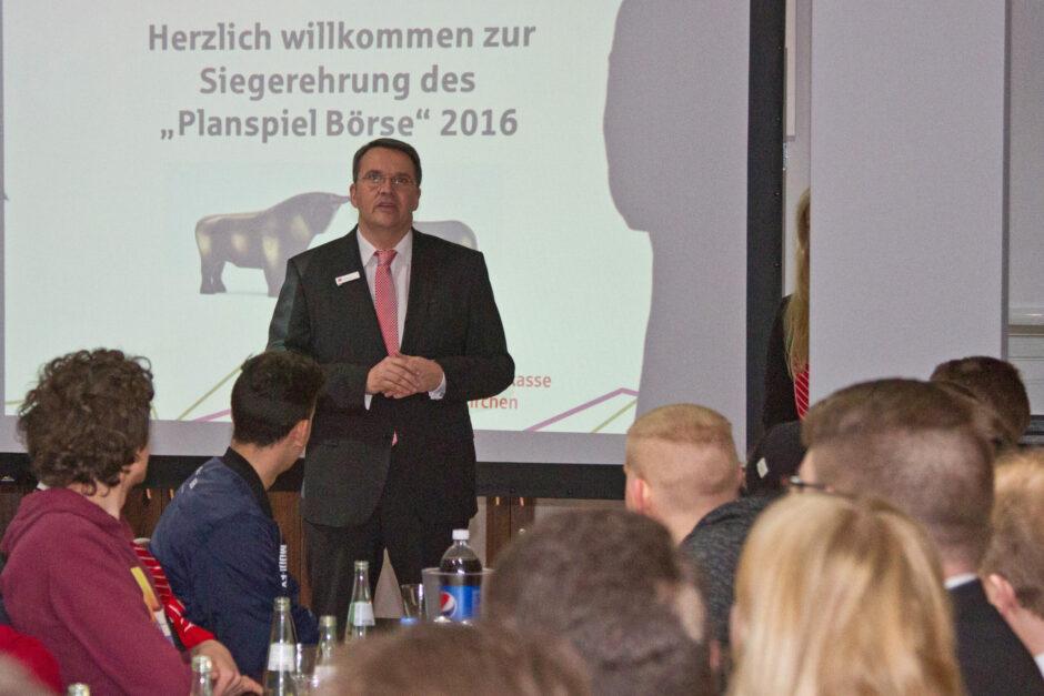 """Mechernicher-Schüler Sieger des """"Planspiel Börse"""""""